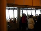 Drehrestaurant auf dem Rheinturm: Auf 172,5 Metern Höhe gibt es ein Restaurant, das sich stündlich einmal um die eigene Achse dreht.